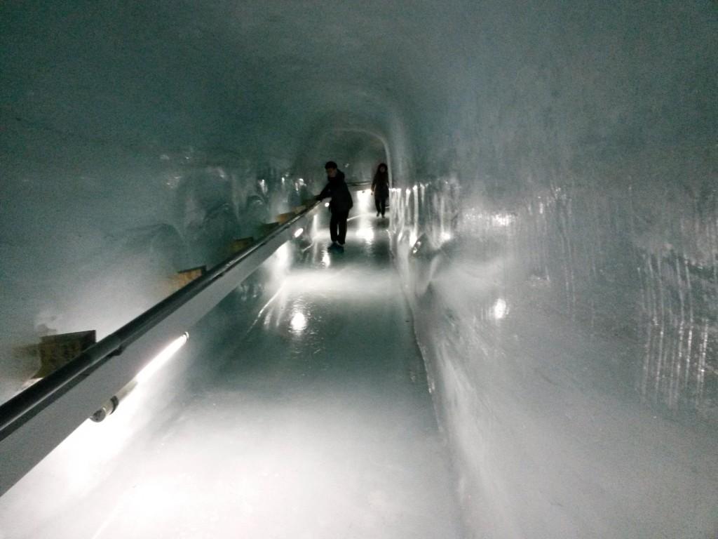crevasse museum, jungfraujoch